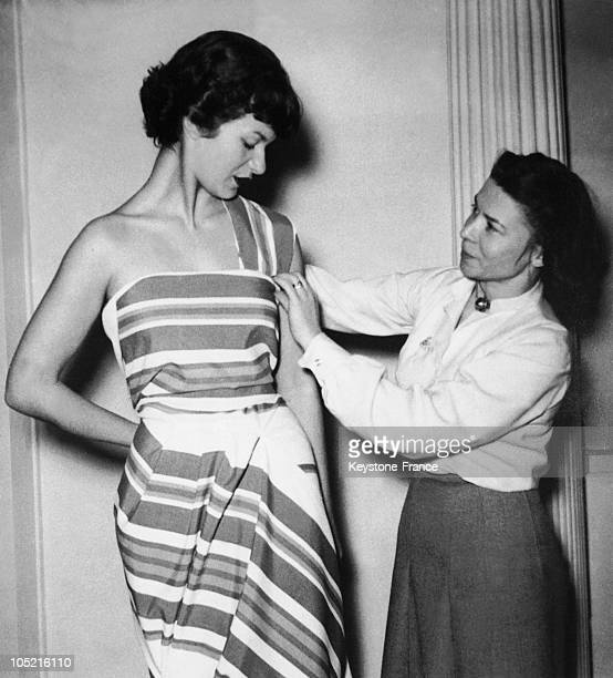 Miss Carven Fitting A Dress On A Model In 1950