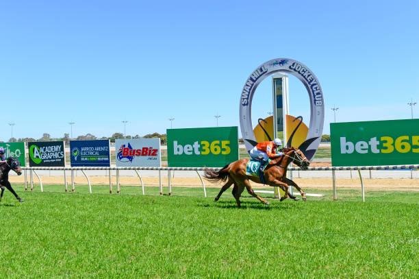 AUS: Swan Hill races