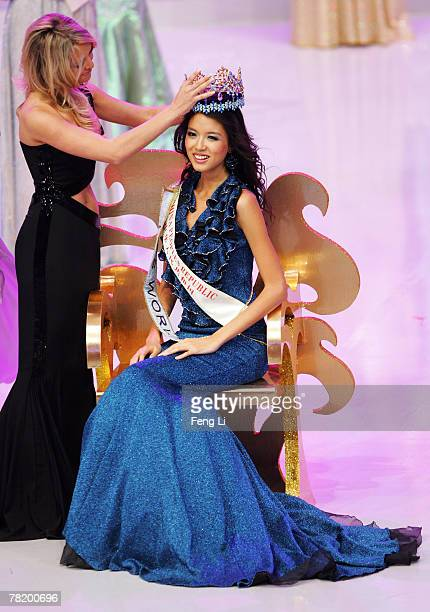 Miss China PR Zi Lin Zhang is crowned Miss World 2007 by Miss World 2006 Tatana Kucharova of the Czech Republic at the 57th Miss World final contest...