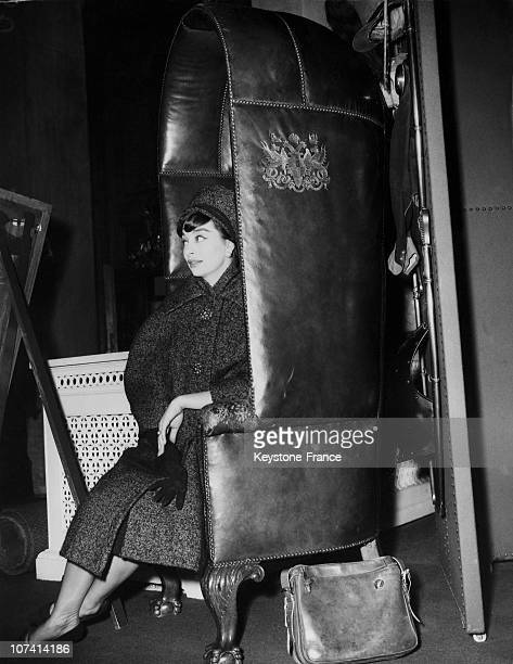 Miss Christine Tidmarsh One Of Dior Mannequin Resting In A Footmans Chair At London In United Kingdom
