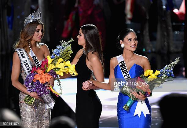Miss Colombia 2015 Ariadna Gutierrez Arevalo Miss Universe 2014 Paulina Vega and Miss Phillipines 2015 Pia Alonzo Wurtzbach react after it was...