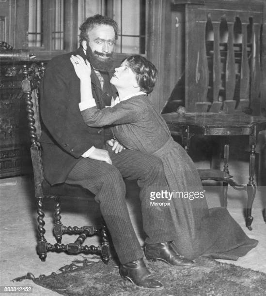 Miss Darragh and Desmond Brannigan seen here in rehearsal for the new stage play 'The River', 21st November 1913.