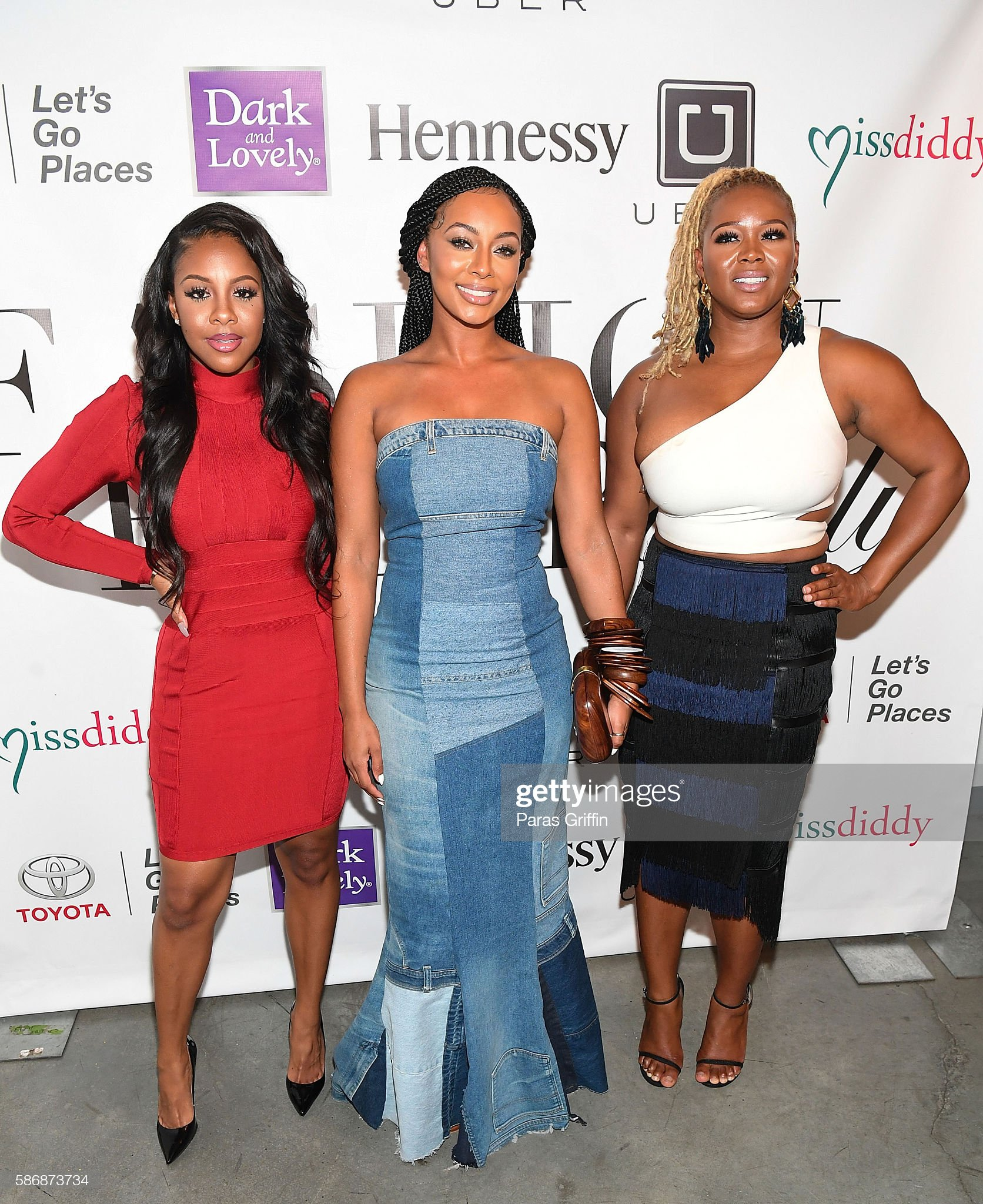 ¿Cuánto mide Miss Diddy? - Altura - Real height Miss-diddy-keri-hilson-and-claire-sulmers-attend-cocktails-with-picture-id586873734?s=2048x2048