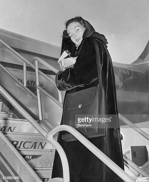Miss Doris Duke the richest girl in the world is shown as she boarded a PanAmerican clipper at La Guardia Airport Miss Duke is bound for Brussels and...