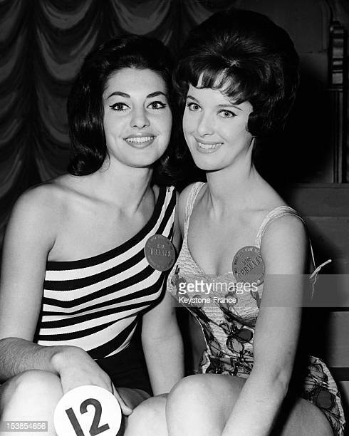Miss France Monique Lemaire and Miss Germany Anita Steffen both candidates to the Miss World 1962 beauty contest posing in London United Kingdom on...