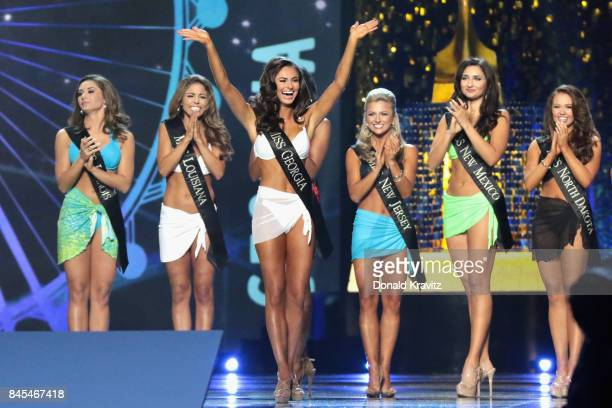 Miss Georgia 2017 Alyssa Beasley participates in Swimsuit challenge during Miss America 2018 Second Night of Preliminary Competition at Boardwalk...