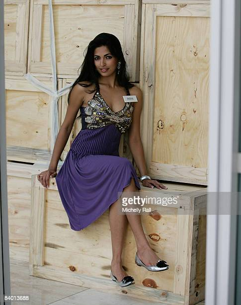 Miss India Parvathy Omanakuttan poses on the day before the 58th Miss World Final at Sandton Convention Centre on December 12, 2008 in Johannesburg,...