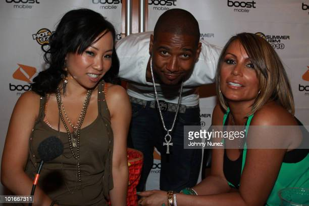 Miss Info Juelz Santana and Angie Martinez during Hot 97 Summer Jam 2010 at the Meadowlands Sports Complex on June 6 2010 in East Rutherford New...