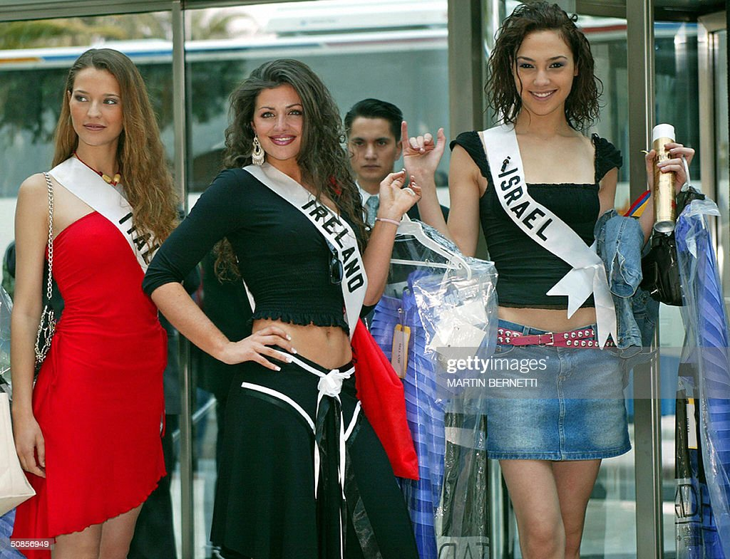 Miss Italy Laia Manetti, Miss Israel Gal : News Photo