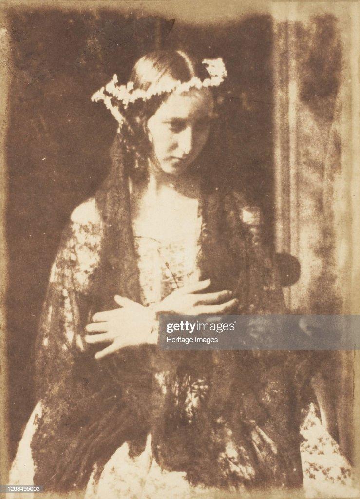 Miss Kemp As Ophelia : News Photo