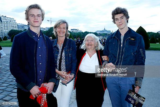 Miss Laurent Boillot with her son Theodore Boillot and Miss Ezechiel Le Guay with her son Alexandre Le Guay attend the 'Ami entends tu ' Show...