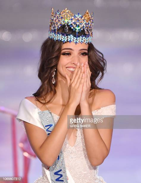 Miss Mexico Vanessa Ponce de Leon reacts after winning the 68th Miss World contest final in Sanya on the tropical Chinese island of Hainan on...