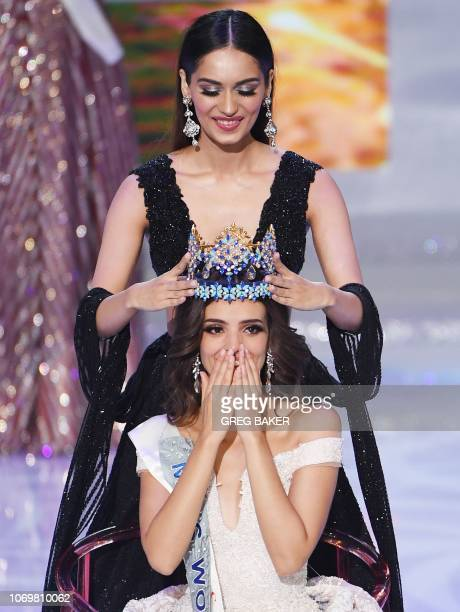 Miss Mexico Vanessa Ponce de Leon reacts as she is crowned the 68th Miss World by Miss World 2017 Manushi Chhillar in Sanya on the tropical Chinese...