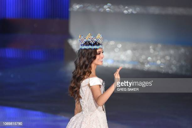 Miss Mexico Vanessa Ponce de Leon waves after winning the 68th Miss World contest final in Sanya on the tropical Chinese island of Hainan on December...