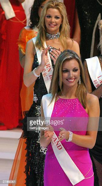 World rosanna diana davison stock photos and pictures getty images miss northern ireland diana sayers and miss world rosanna davison before she was crowned miss world thecheapjerseys Images