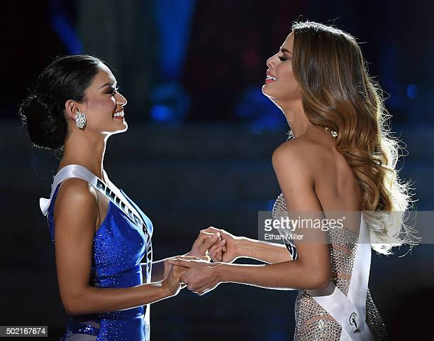 Miss Philippines 2015 Pia Alonzo Wurtzbach and Miss Colombia 2015 Ariadna Gutierrez Arevalo hold hands as they wait for the judges' final decision in...
