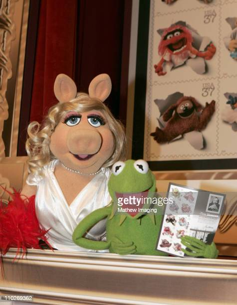 Miss Piggy and Kermit the Frog during Jim Henson Wall Sculpture Unveiling at The Academy of Television Arts Sciences Hall of Fame Plaza at Leonard H...