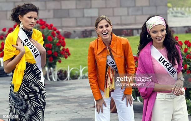 Miss Russia Kseniya Kustova Miss Ukraine Oleksandra Nikolayenko and Miss Panama Jessica Rodriguez pose of photographers in front of the Middle of the...