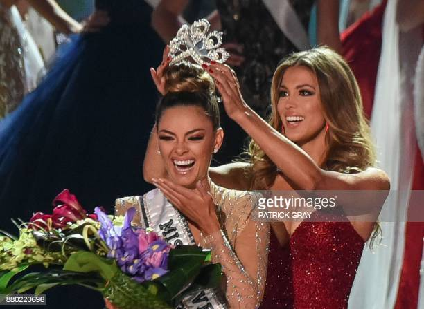 Miss South Africa 2017 DemiLeigh NelPeters is crowned Miss Universe 2017 by Miss Universe 2016 Iris Mittenaere on November 26 2017 in Las Vegas...