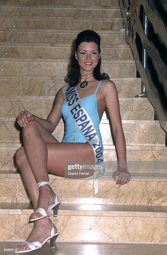 Miss Spain 2004. Maria Jesus Garzon, Miss Jaen, has been elected Miss Spain during the gala the took : News Photo