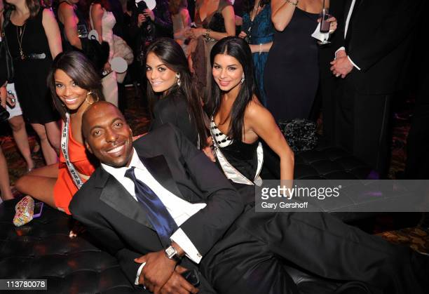 Miss Teen USA Kamie Crawford former NBA player John Salley Miss Universe Ximena Navarrete and Miss Rima Fakih attend Operation Smile as they honor...