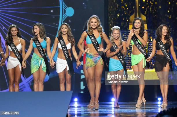 Miss Texas 2017 Margana Wood participates in Swimsuit challenge during the 2018 Miss America Competition Show at Boardwalk Hall Arena on September 10...