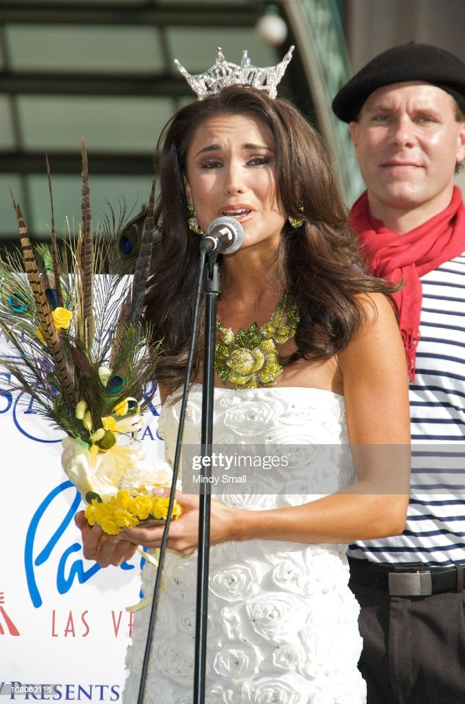 Miss Texas Ashley Melnick attends the 2011 Miss America's 'Show Us Your Shoes' Parade at Paris Las Vegas on January 14, 2011 in Las Vegas, Nevada.