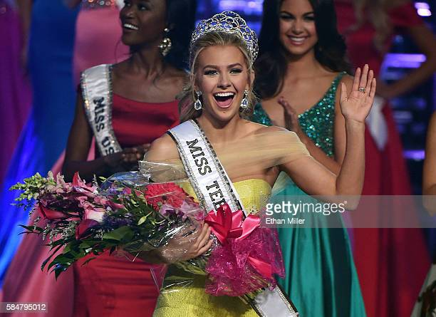 Miss Texas Teen USA 2016 Karlie Hay waves after being crowned Miss Teen USA 2016 during the 2016 Miss Teen USA Competition at The Venetian Las Vegas...