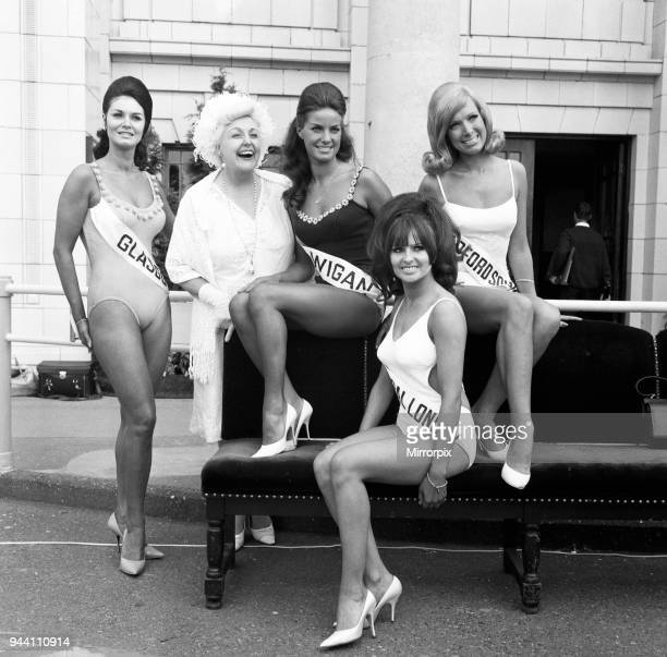 Miss United Kingdom Grand Final, Blackpool. Tessie O'Shea, one of the judges with some of the competitors. Swimwear Section, 8th of August, 1968.
