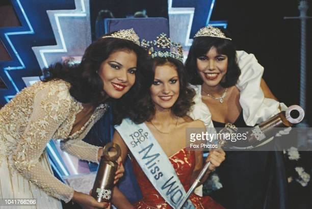 Miss United Kingdom SarahJane Hutt wins the Miss World 1983 pageant at the Royal Albert Hall in London 17th November 1983 She is posing with the...