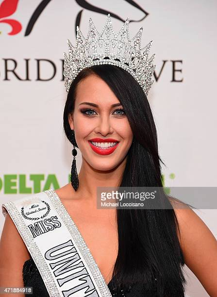 Miss United States 2014 Elizabeth Safrit attends the 141st Kentucky Derby Unbridled Eve Gala at Galt House Hotel Suites on May 1 2015 in Louisville...