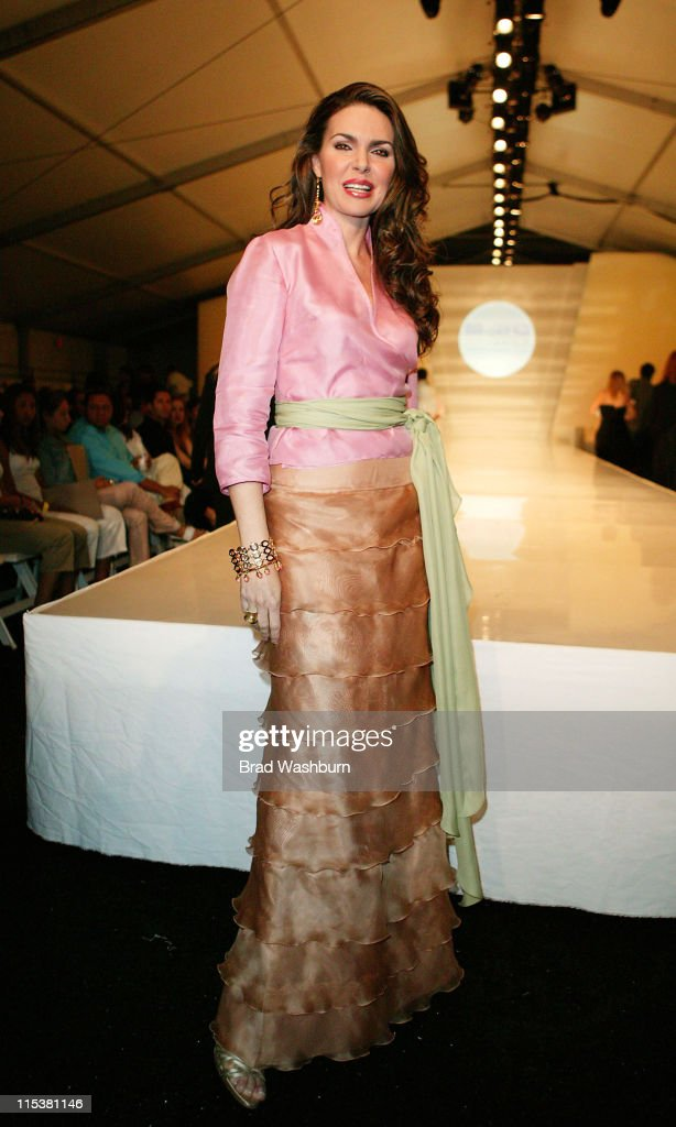 Miami Fashion Week of the Americas 2005 - Vermina - Runway and Front Row