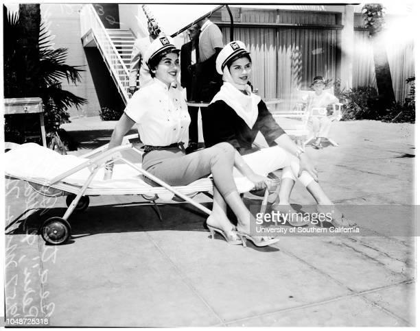 Miss Universe contest 16 July 1958 Beatriz Bolvarte 19 years Gladys Zender 18 years Adalgisa Colombo 18 years