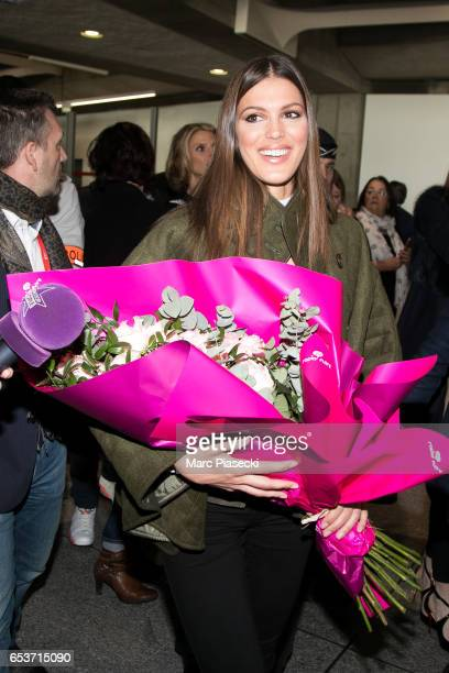 Miss Universe Iris Mittenaere arrives at Aeroport Roissy Charles de Gaulle on March 16 2017 in Paris France