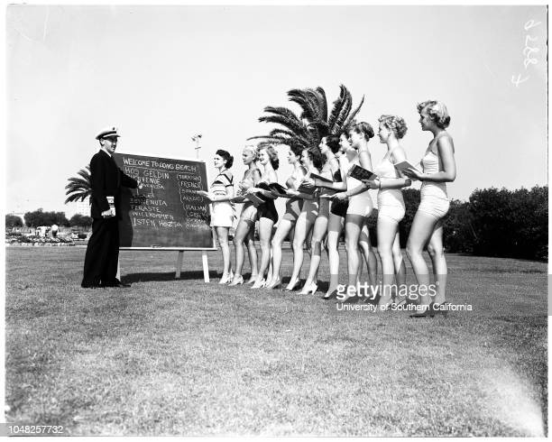 Miss Universe pageant 28 May 1952 Maurice Hattem Jeannette La VereValerie AlkireShirley CotterillLaura JohnsonElizabeth KirkpatrickJinnie BarrieJoan...