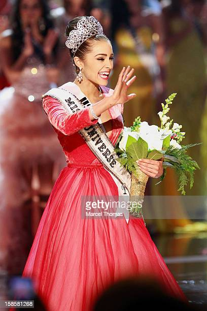 Miss USA 2012 Olivia Culpo waves to the crowd after being named the 2012 Miss Universe at the 2012 Miss Universe Pageant at Planet Hollywood Resort &...