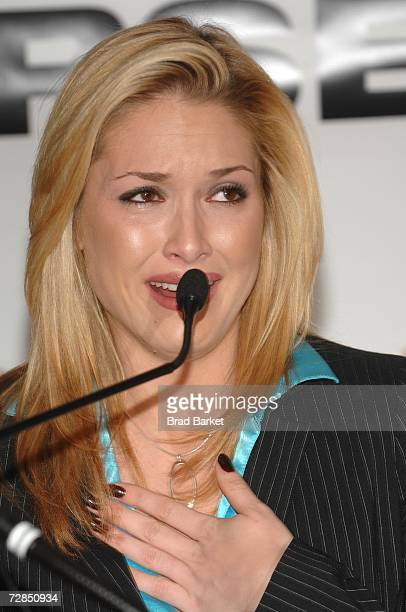 Miss USA Tara Conner speaks during a press conference at Trump Tower on December 19 2006 in New York City Developer Donald Trump who owns the Miss...