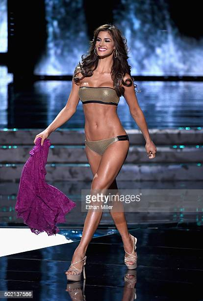 Miss Venezuela 2015 Mariana Jimenez competes in the swimsuit competition during the 2015 Miss Universe Pageant at The Axis at Planet Hollywood Resort...