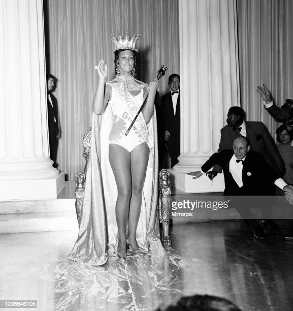 Miss World Beauty Competition at the Royal Albert Hall, London, Friday 20th November 1970, Jennifer Hosten from Grenada is crowned Miss World 1970,...