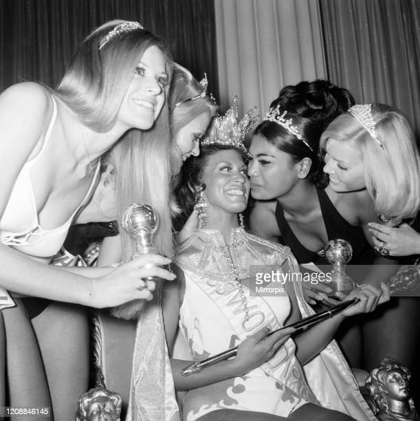 Miss World Beauty Competition at the Royal Albert Hall London Friday 20th November 1970 Jennifer Hosten from Grenada is crowned Miss World 1970