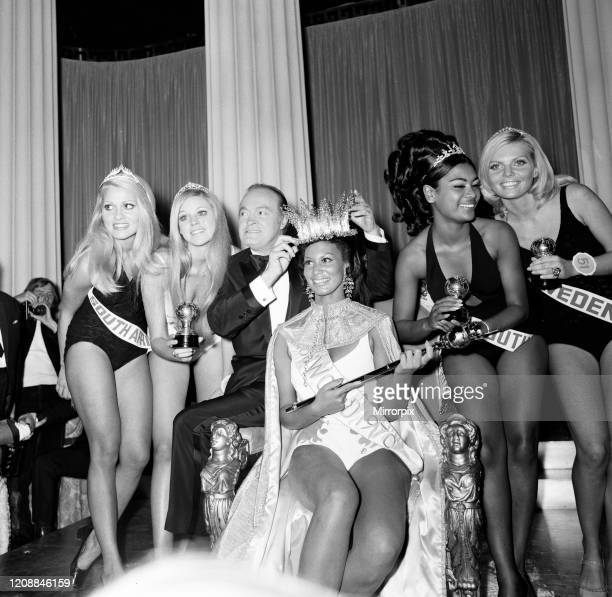 Miss World Beauty Competition at the Royal Albert Hall, London, Friday 20th November 1970, Jennifer Hosten from Grenada is crowned Miss World 1970 by...