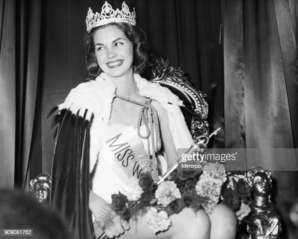 Miss World Beauty Contestant Lyceum Ballroom London 13th October 1958 Newly crowned Miss World 1958 Penelope Anne Coelen who represented South Africa