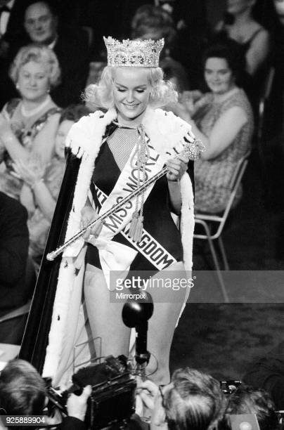Miss World Competition Lyceum Ballroom London Friday 19th November 1965 Miss United Kingdom Lesley Langley is crowned Miss World