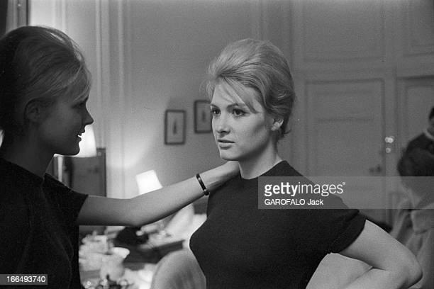 Miss World Contest 1959 In London. Londres, novembre 1959, concours Miss monde avec la gagnante Corinne ROTTSCHAFTER, Miss Hollande. Dans une...