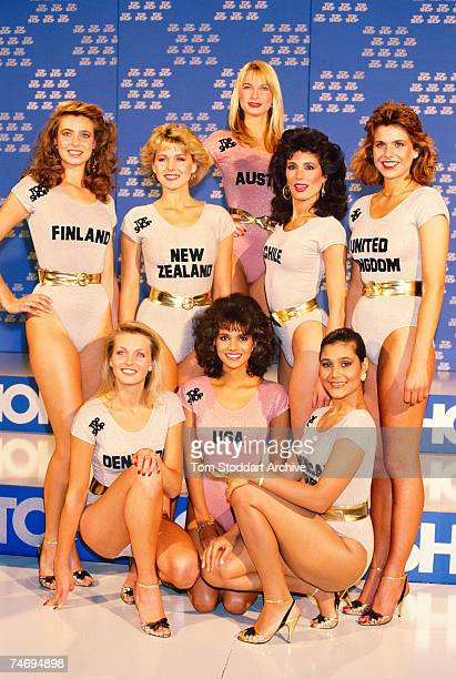Miss World contestants pose for a group picture in their swimwear London 9th November 1986 The US entrant is future Hollywood actress Halle Berry