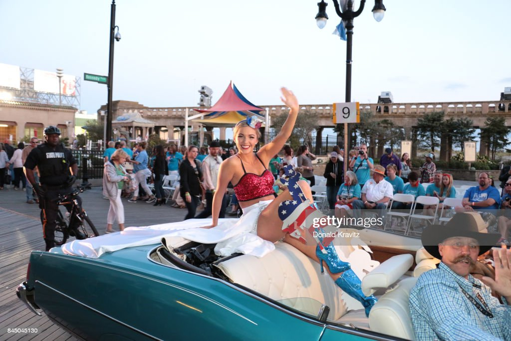 Miss America Show Me Your Shoes Parade Photos And Images - Car show atlantic city 2018