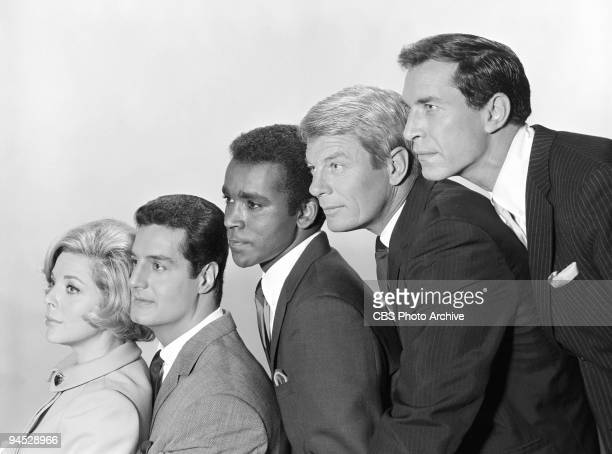 Impossible cast shot featuring from left Barbara Bain as Cinnamon Carter Peter Lupus as Willy Armitage Greg Morris as Barney Collier Peter Graves as...