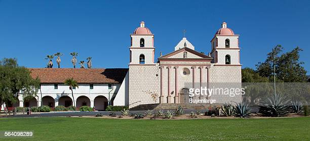 Mission Santa Barbara also known as Santa Barbara Mission is a Spanish mission founded by the Franciscan order near present day Santa Barbara...