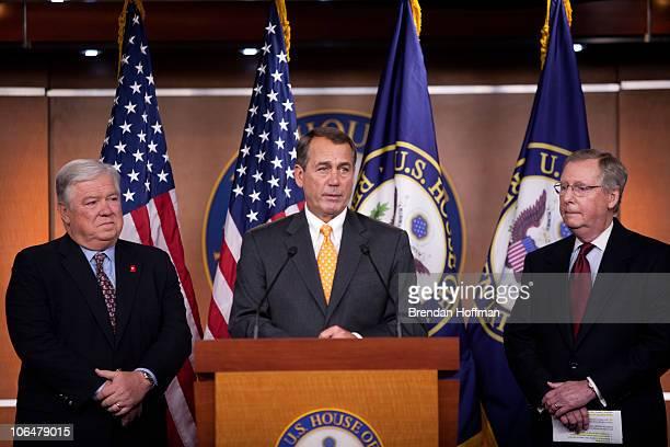 Mississippi Governor Haley Barbour House Republican Leader John Boehner Senate Minority Leader Mitch McConnell hold a news conference on November 3...