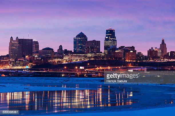 USA, Missouri, Kansas City, Sunrise cityscape